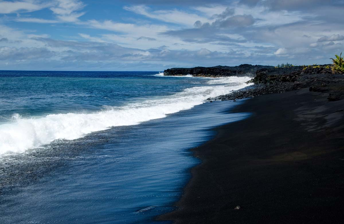 Where Are The Black Sand Beach In The Hawaiian Island
