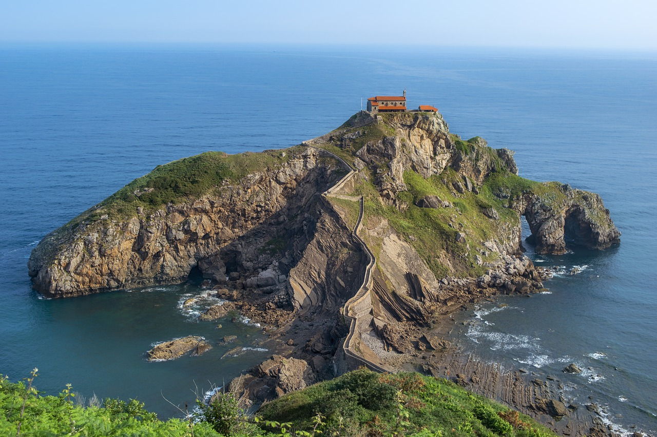 10 Best Coastal Hikes in the US